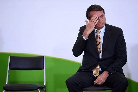 COVID-19 en el mundo: Denuncian a Bolsonaro en Brasil por atraso en inmunización