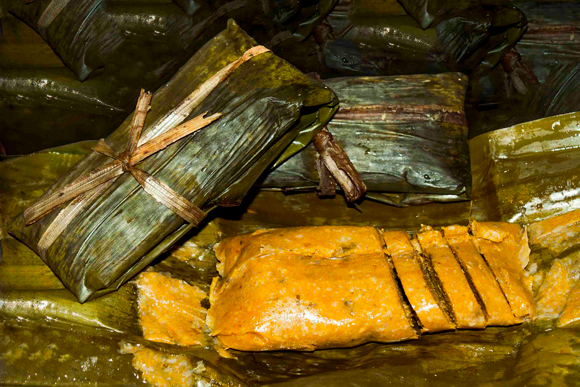 The gastronomy of the region invites to enjoy dishes like bacán, made from green plantain