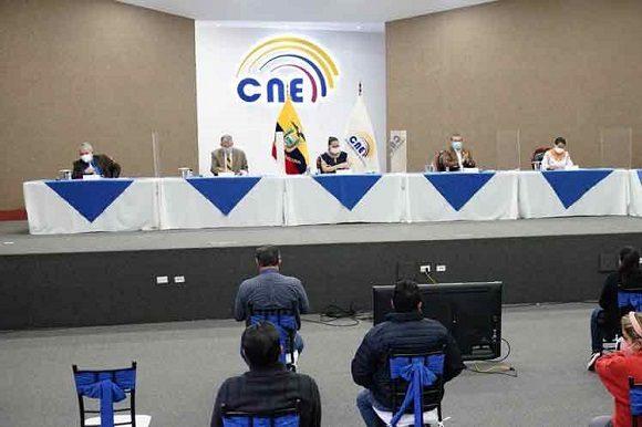 Declaran resultados oficiales de balotaje en Ecuador