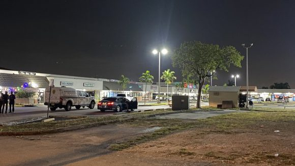 Dos muertos y 20 heridos en un tiroteo en Miami tras concierto
