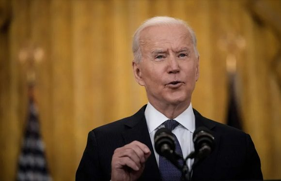 Biden señala a Rusia por el ciberataque contra oleoducto estadounidense