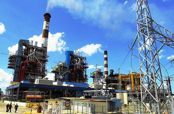 Informan afectaciones en el servicio eléctrico en Cuba