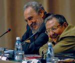 Fidel y Raúl. Foto: Ismael Francisco/ Cubadebate.