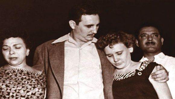 Fidel junto a Melba Hernández y Haydée Santamaría. Foto: Archivo.