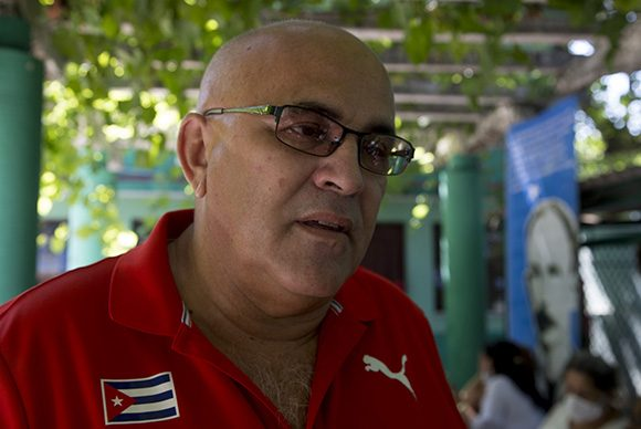 Carlos Rafael Miranda, coordinador de Carlos Rafael Miranda, coordinador nacional de los CDR en período anterior a Gerardo. Foto: Ismael Francisco/ Cubadebate.