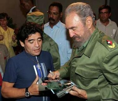 Maradona asistirá a la marcha contra Bush en Mar del Plata