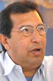 """Adán Chávez: """"Un nuevo modelo de integración entre los pueblos es posible"""""""