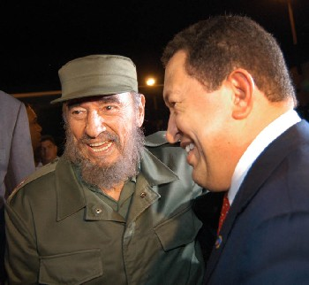 ¡Un abrazo! ¡Un beso a Cuba, que la amo!, exclamó Chávez al llegar a La Habana